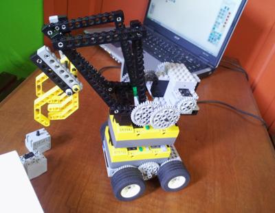 https://www.robotica.com.py/wp-content/uploads/2015/09/cryout-robotica-20130601_121944.jpg